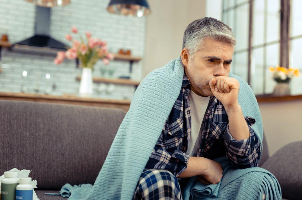 Vielfältige Symptome bei Männergrippe