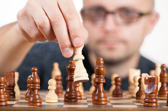Gedächtnis trainieren mit Schachspielen