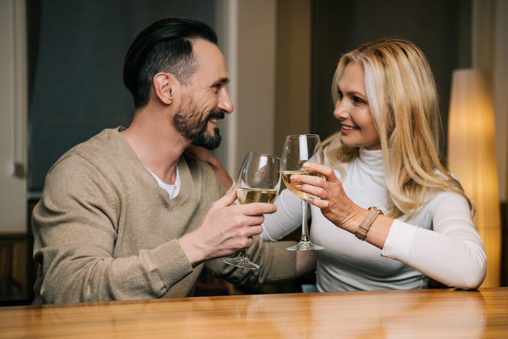 Achte auf eine positive Atmosphäre beim Dating. Foto: NatashaFedorova/deposistphotos.com